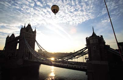 Balloons Over The Thames